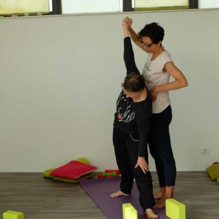 yoga-postura-allineamento-laura-liina-fantozzi